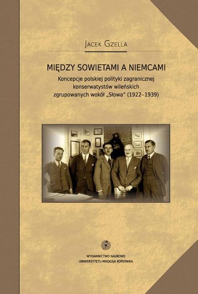 Między Sowietami a Niemcami